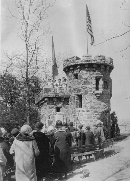 Dedication of the Women's Monument, 1929